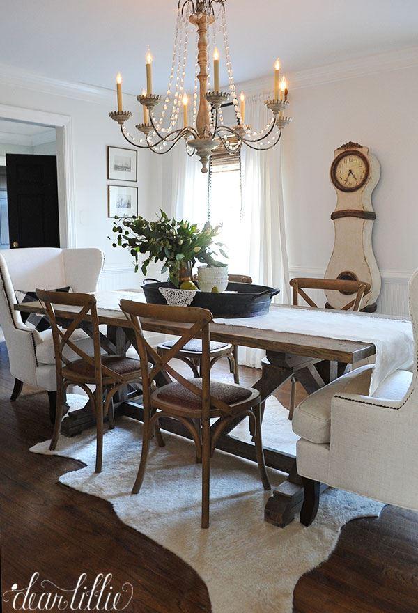 Beyaz ve Ahşap yemek odası dekorasyonu