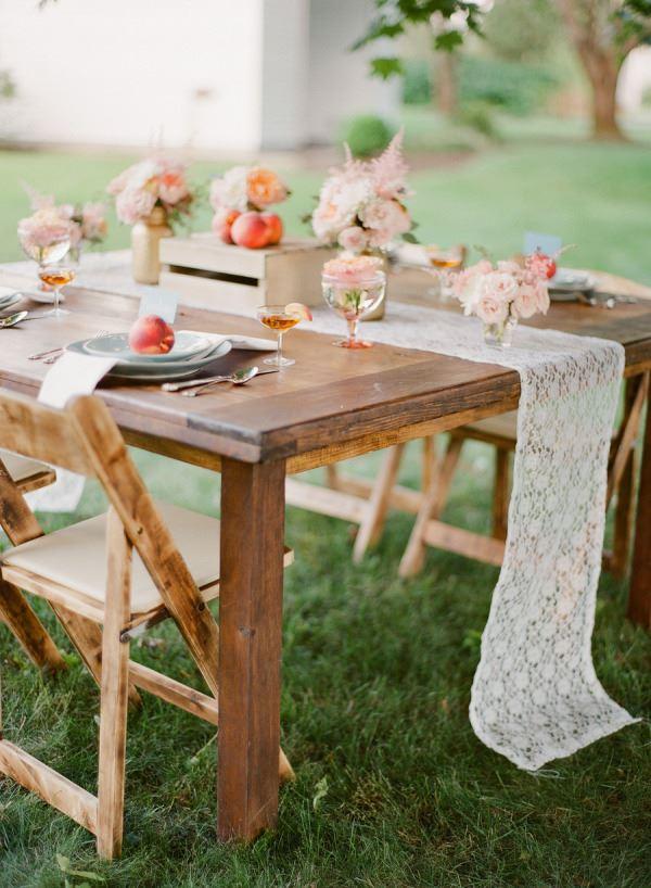 Bahçe için Dört kişilik yemek masası dizaynı