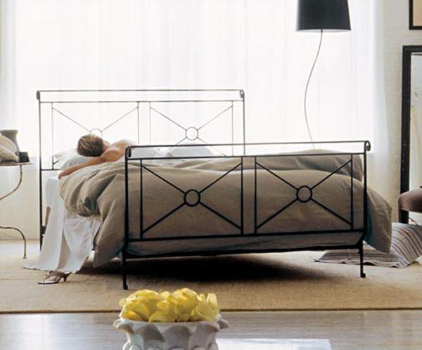 Ferforje modern yatak için karyola