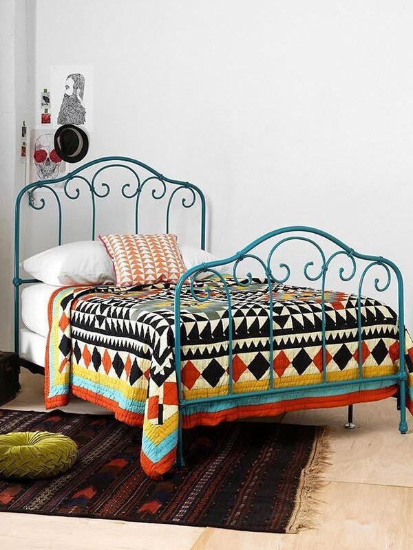 Ferforje Yatak, Karyola ve Yatak Başlıkları ile Dayanıklı Yataklar