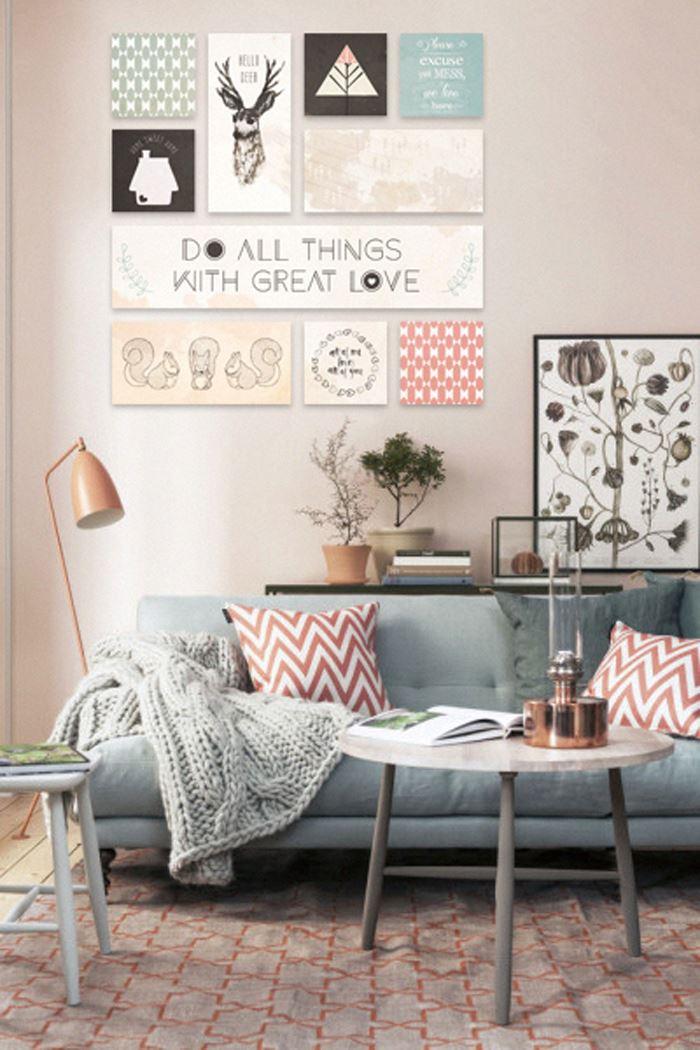 Pastel tonlarda oturma odası