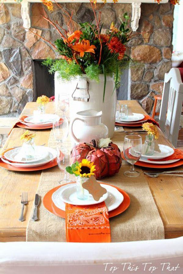 Turuncu renkleri hakim olduğu yemek masası tasarımı