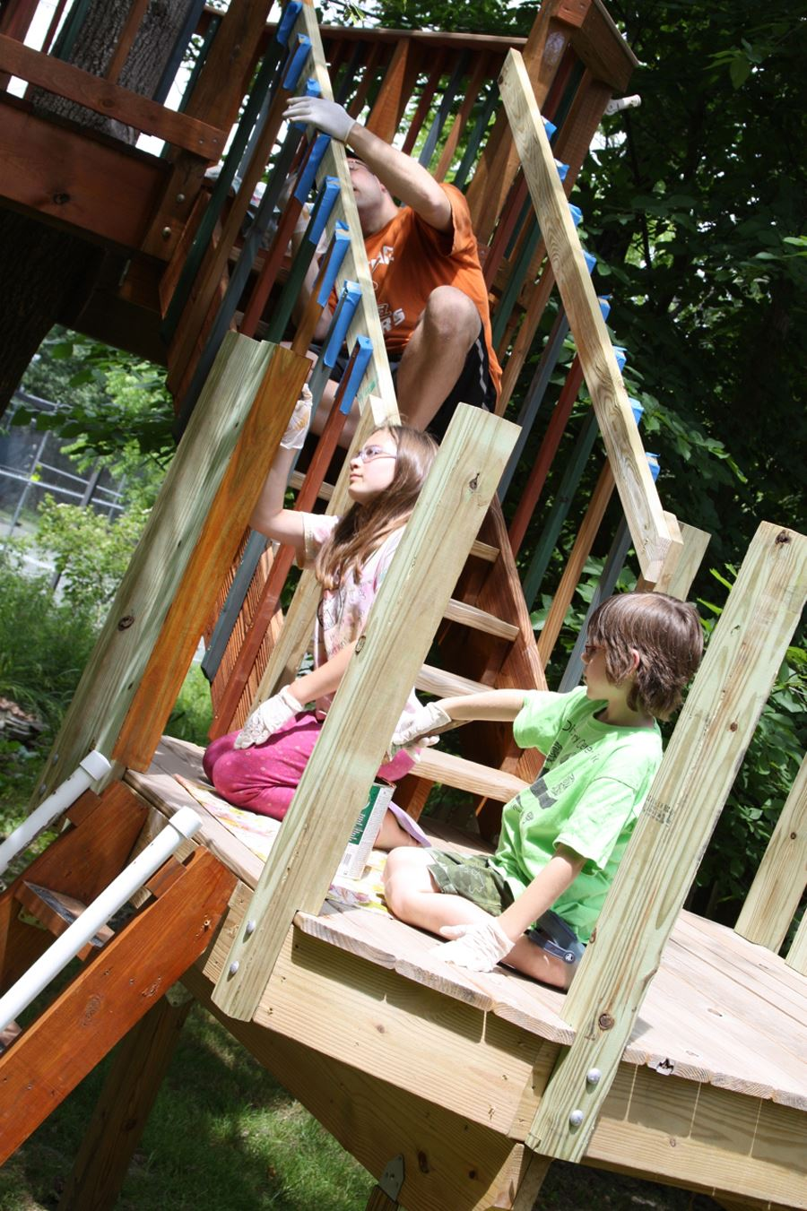 Be sure to contact their opinion and help when building a tree house
