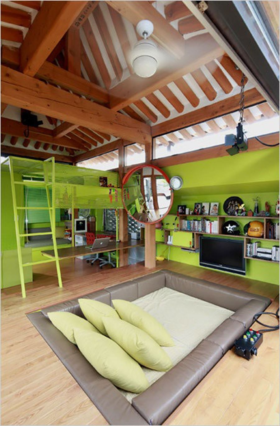 Young Room with Pool Bed 1