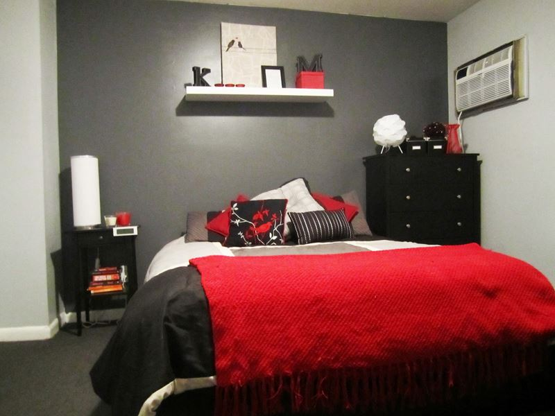 Kırmızı yatak odası dekorasyonu örnekleri
