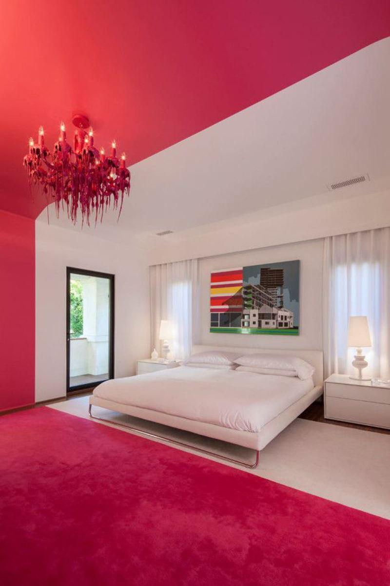 Modern kırmızı beyaz yatak odası