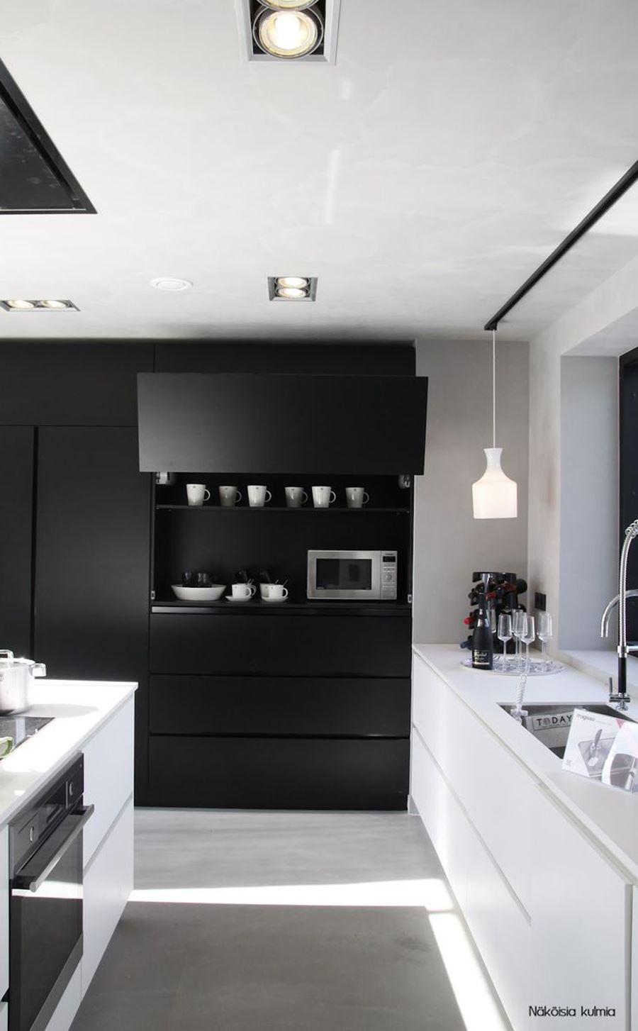 Sihay Beyaz Mobilyalı Siyah beyaz mutfak