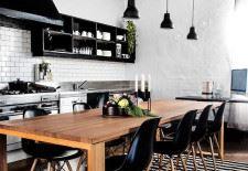 Siyah beyaz kilimli mutfak
