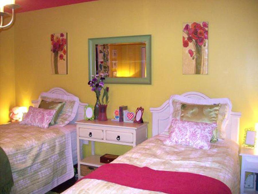 iki kardeş genç kız odası dekorasyonu