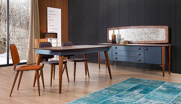 Modern wooden dining room decoration