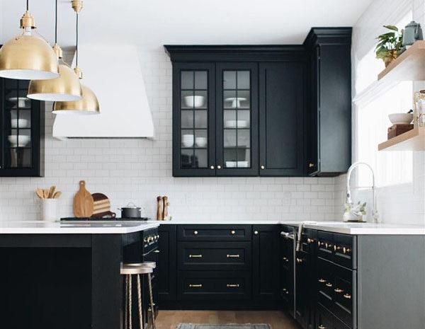 Siyah Beyaz Mutfak Artık Daha Çok Tercih Ediliyor