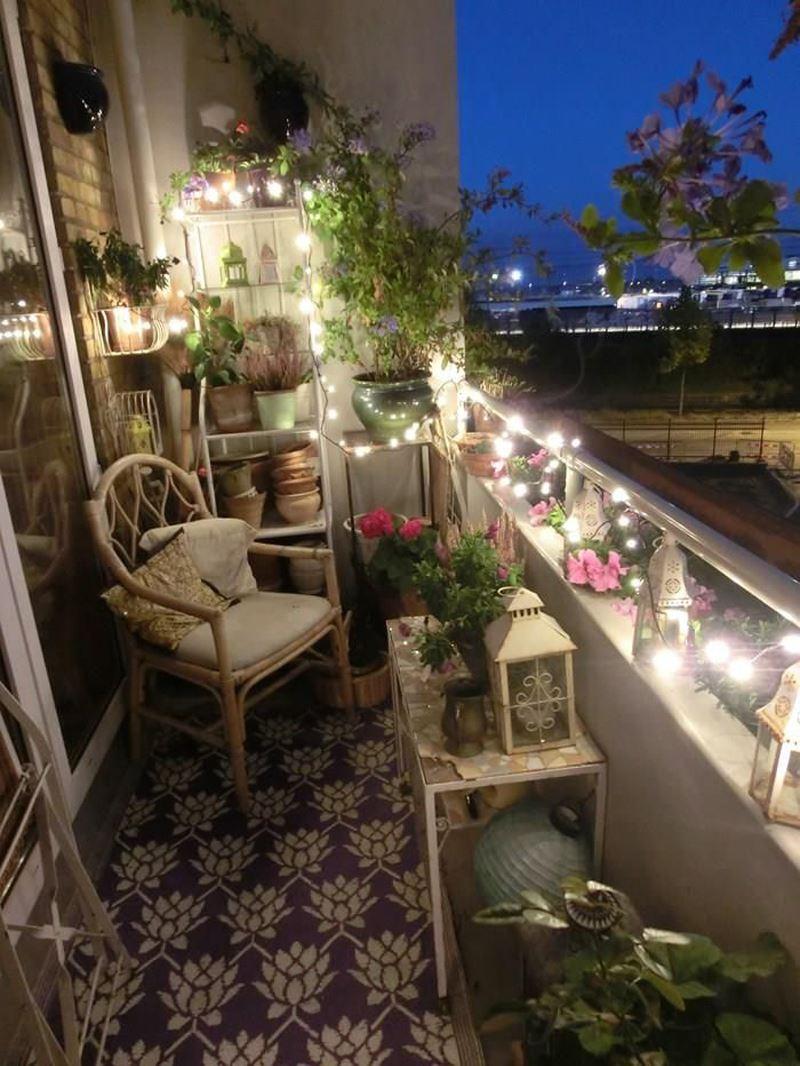 Işıklı balkon dekorasyonu