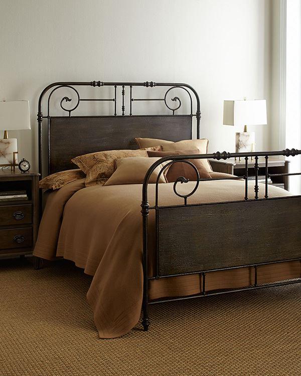 Kahve rengi yatak odası dekorasyonu için ferforje yatak karyola