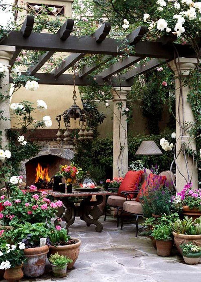 Romantik Beyaz Çiçek Veranda