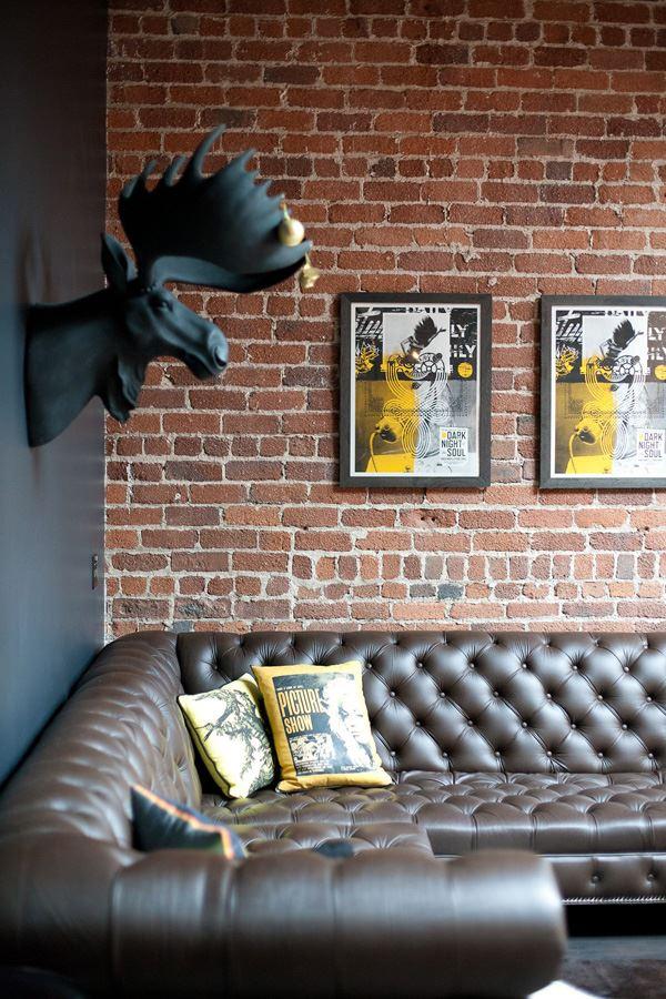 Taş duvar dekorayonu geyik başı
