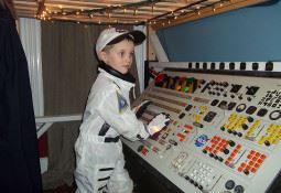 Uzay gemisi kaptanı çocuk odası dekorasyonu